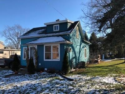 Belgium, Cedar Grove, Howards Grove, Kohler, Oostburg, Plymouth, Port Washington, Random Lake, Saukville, Sheboygan, Sheboygan Falls Single Family Home Active Contingent With Offer: 143 W Union Avenue