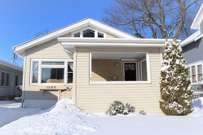 Racine Single Family Home For Sale: 1000 Cleveland Ave