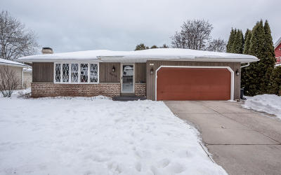 Sheboygan Single Family Home For Sale: 3615 S 17th Pl