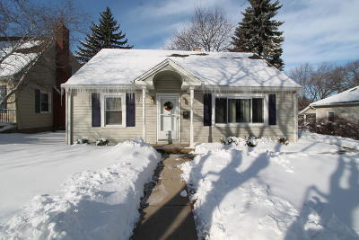 Racine County Single Family Home For Sale: 449 S Perkins Blvd