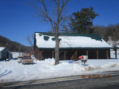 Vernon County Single Family Home For Sale: E13758 State Road 82