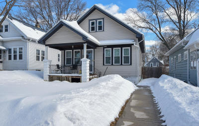 Milwaukee Single Family Home For Sale: 2930 S 32nd St