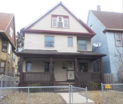Milwaukee Single Family Home For Sale: 4206-4208 W Spaulding Pl