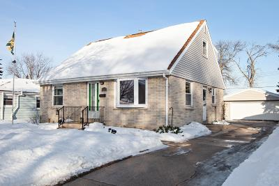Milwaukee Single Family Home For Sale: 3448 S 88th St