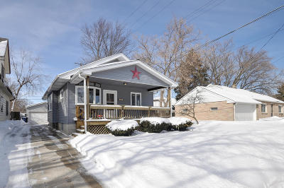 Racine Single Family Home Active Contingent With Offer: 2312 Russet St