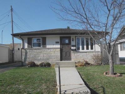 Racine County Single Family Home For Sale: 1532 Oregon St