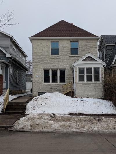 Milwaukee Single Family Home For Sale: 1213 S 58th