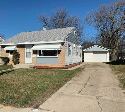 Single Family Home For Sale: 3344 S 60th St
