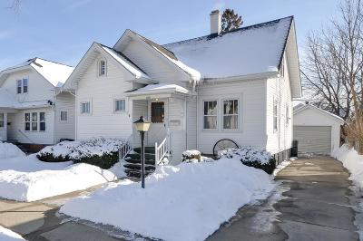 Racine Single Family Home For Sale: 2723 Olive St