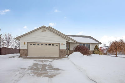 Sheboygan Single Family Home For Sale: 4916 White Fox Dr