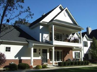 Bristol Condo/Townhouse Active Contingent With Offer: 19655 Jamestown Pl #104