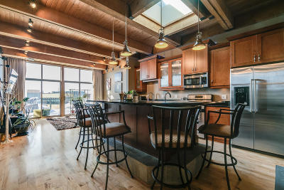 Milwaukee County Condo/Townhouse For Sale: 130 S Water Street #404