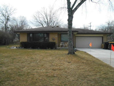 Milwaukee County Single Family Home For Sale: 4511 W Spring Ln
