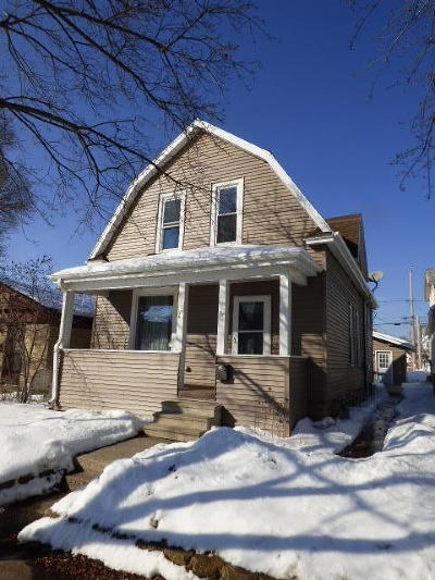 Milwaukee County Single Family Home For Sale: 726 Milwaukee Ave