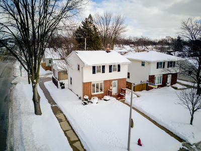 West Allis Single Family Home Active Contingent With Offer: 706 S 112th St