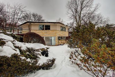 Milwaukee County Single Family Home For Sale: 6628 N Atwahl #Dr