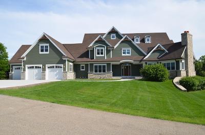 Lake Geneva Single Family Home For Sale: 1527 Muirfield Ct