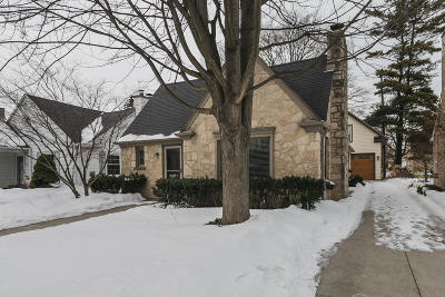 Whitefish Bay Single Family Home Active Contingent With Offer: 818 E Hampton Rd