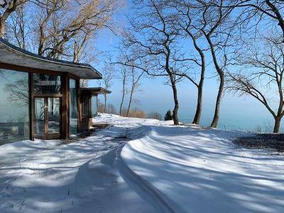 Mequon Single Family Home For Sale: 12260 N Lake Shore Dr