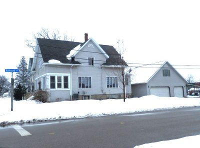 Waterloo Single Family Home Active Contingent With Offer: 806 E Madison St