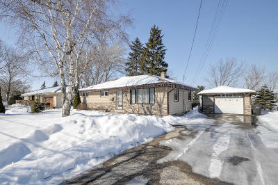 Waterford Single Family Home Active Contingent With Offer: 706 E Main St