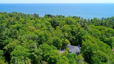 Sheboygan Single Family Home For Sale: 131 Timberlake Rd