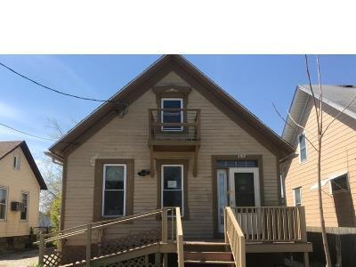 Racine Single Family Home For Sale: 2317 Eighteenth St