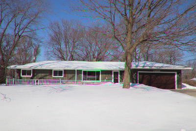 Franklin Single Family Home Active Contingent With Offer: 11638 W James Ave
