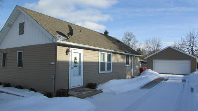 Muskego Single Family Home Active Contingent With Offer: S76w18173 Janesville Rd