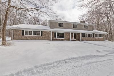Mequon Single Family Home For Sale: 13128 N Fox Hollow Rd
