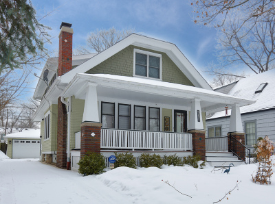 Shorewood Single Family Home Active Contingent With Offer: 4221 N Woodburn St
