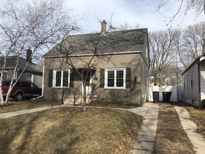 West Allis Single Family Home For Sale: 922 S 88th St