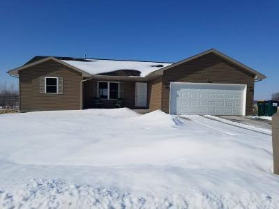 Fort Atkinson Single Family Home Active Contingent With Offer: 365 Ramesh Ave