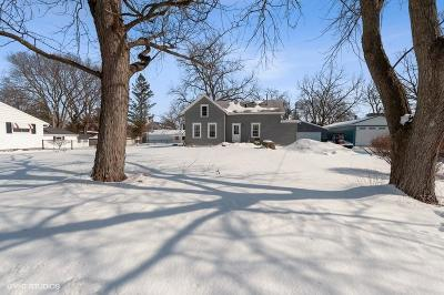 Elkhorn Single Family Home Active Contingent With Offer: 321 N Church St