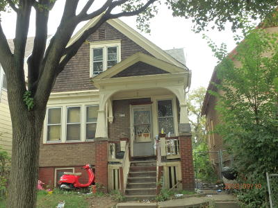 Milwaukee Single Family Home For Sale: 2920 N 23rd St