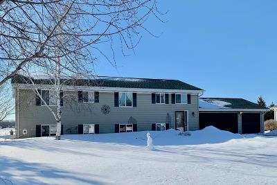 West Bend Single Family Home Active Contingent With Offer: 6851 Beck Ln