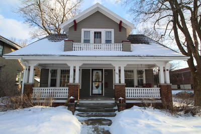Waukesha Single Family Home Active Contingent With Offer: 301 E College Ave