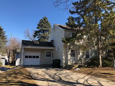 Fort Atkinson Single Family Home Active Contingent With Offer: 514 Adams St