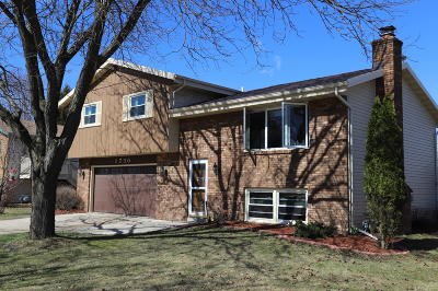 West Bend Single Family Home For Sale: 1730 N 18th Ave