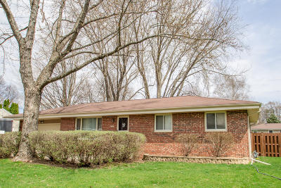 Watertown Single Family Home Active Contingent With Offer: 1217 Douglas Ave