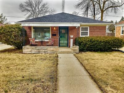 Racine Single Family Home For Sale: 1010 Lombard Ave