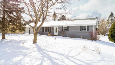 Hartford Single Family Home Active Contingent With Offer: 2803 Hillcrest Dr