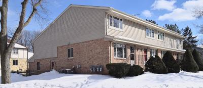Waukesha Condo/Townhouse Active Contingent With Offer: 1333 Camden Way #1