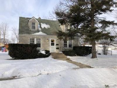 West Allis Single Family Home Active Contingent With Offer: 2101 S 96th St