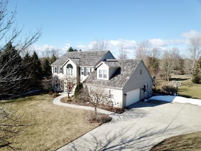 Mequon WI Single Family Home Sold: $534,000