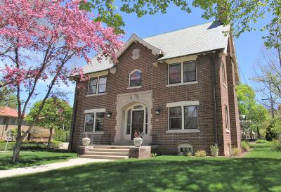Milwaukee Single Family Home For Sale: 3494 N Shepard Ave