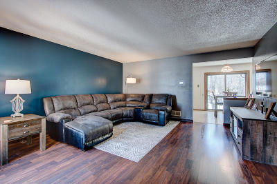 Franklin Condo/Townhouse Active Contingent With Offer: 8163 S Legend Dr