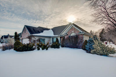 Waterford Single Family Home Active Contingent With Offer: 6940 Sandy Ln