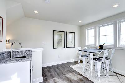 Port Washington Condo/Townhouse Active Contingent With Offer: 306 E Washington St