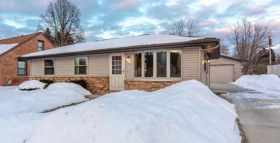 Sheboygan Single Family Home Active Contingent With Offer: 2221 N 29th St
